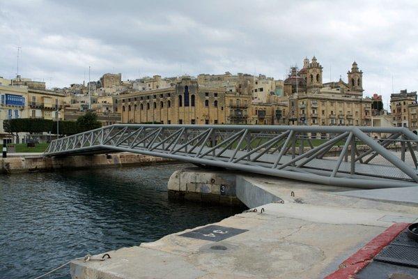 brug tussen senglea en birgu cospicua the three cities malta