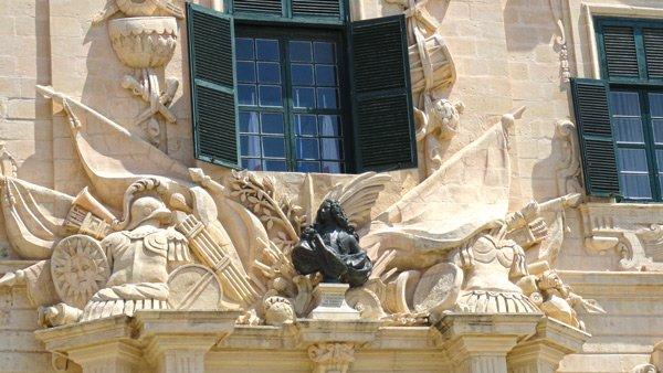 buste manoel pinto de fonseca auberge de castille et portugal et leon valletta malta