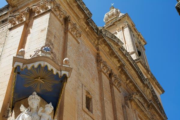 carmelite kerk mdina centraal malta