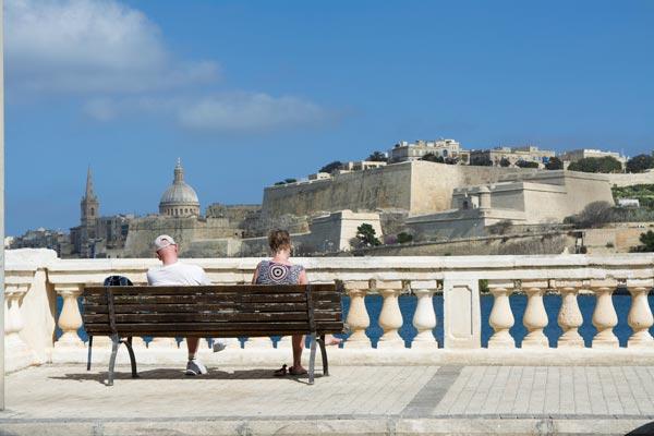 horizon valletta achtergrond vanuit ta'xbiex malta