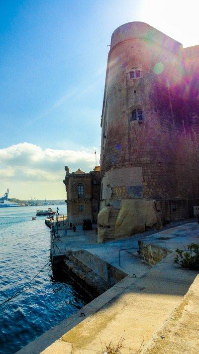 kade ferry valletta the three cities malta