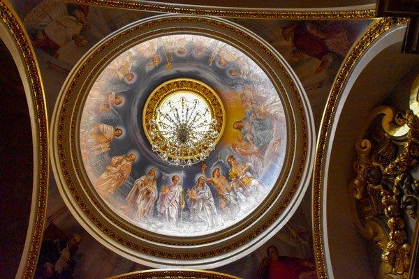 kathedraal van victoria citadel plafondschildering koepel gozo eiland