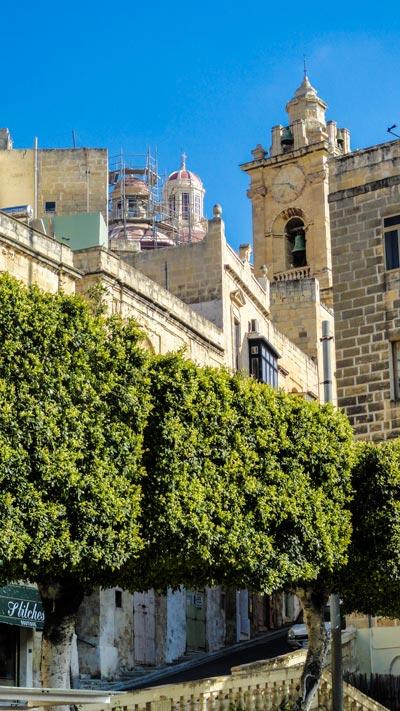 kerk van onbevlekte ontvangenis van maria vanop afstand cospicua the three cities