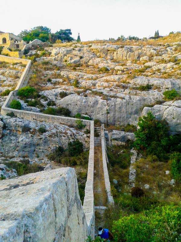 malta bezienswaardigheden victoria lines madliena gharghur malta