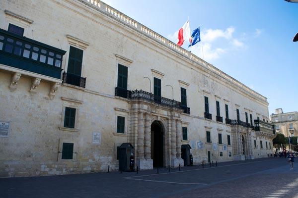 paleis van de grootmeesters palace plein valletta hoofdstad malta