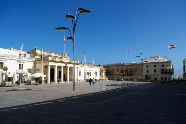 palace plein valletta bezienswaardigheden malta