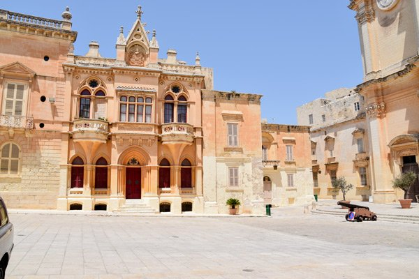 casa gourgion prachtig authentiek gebouw vlakbij de kathedraal van st paul in mdina malta