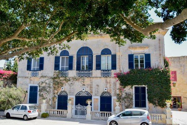 casa beaulieu prachtig gebouw dichtbij de omwallingen van mdina