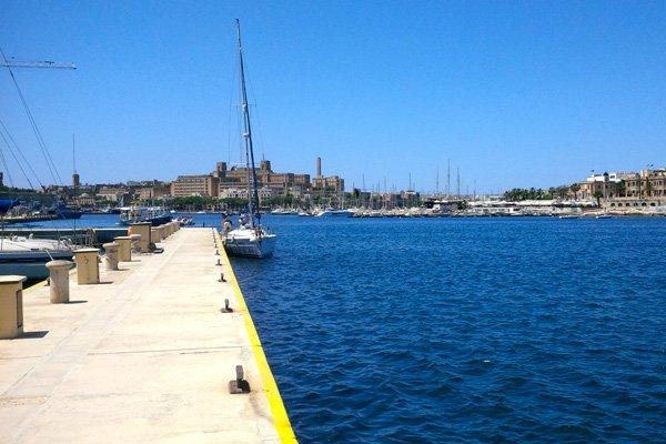 prachtig zicht op jachthaven van msida grand hotel excelsior malta