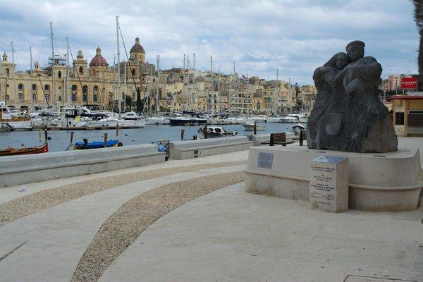 senglea en dockyard creek the three cities malta