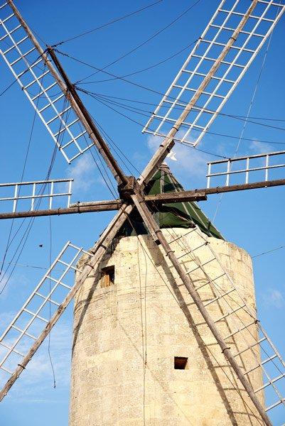 ta kola windmill xaghra gozo eiland malta