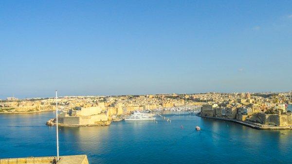 the three cities gezien vanuit valletta met grand harbour ertussen