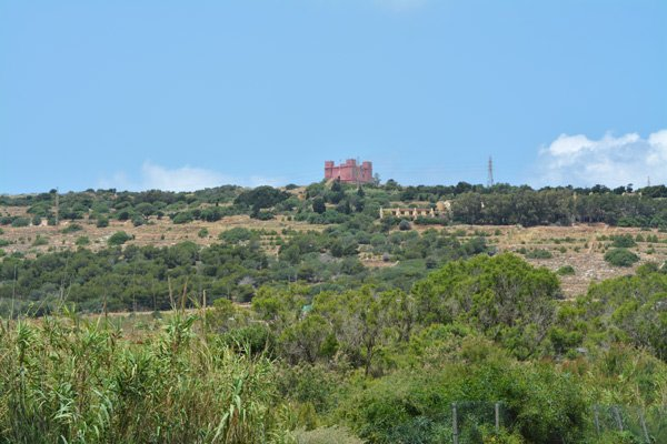 red tower op marfa ridge mellieha noorden van malta