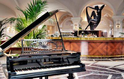 palm court lounge bar en piano hotel phoenicia malta