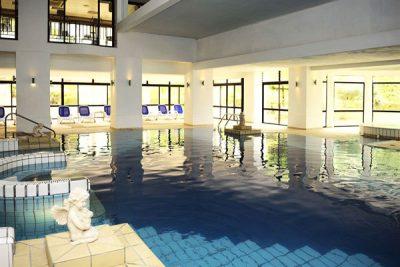 binnenzwembad athenaeum spa corinthia palace hotel and spa malta