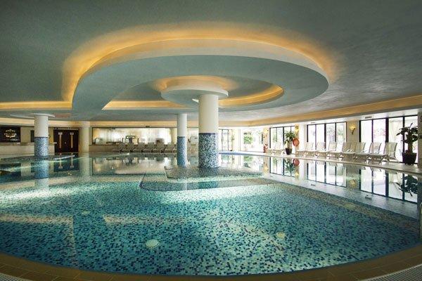 binnenzwembad grand hotel excelsior malta