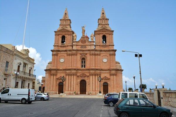 kerk van onze-lieve-vrouw van overwinning mellieha noorden van malta