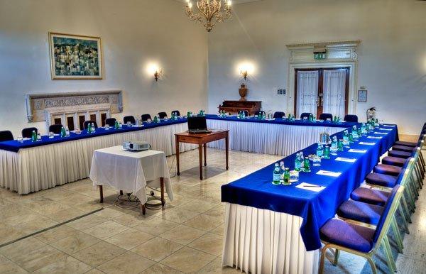 green lounge c phoenicia hotel malta