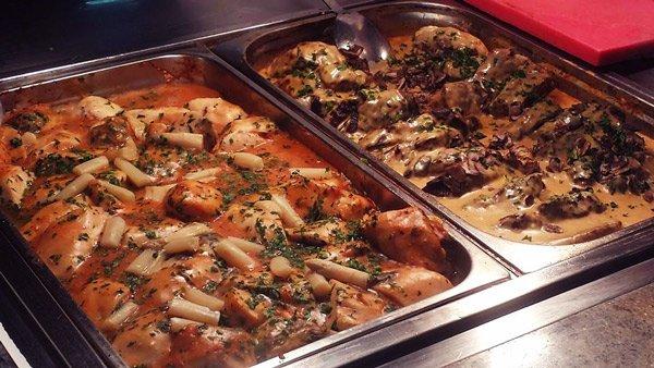 heerlijk buffet hoofdrestaurant canifor hotel malta