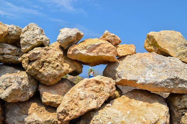 muurtje van jagers nabij giordan vuurtoren ghasri gozo eiland