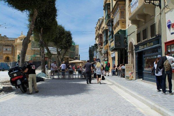 pjazza independenza it tokk victoria gozo eiland malta