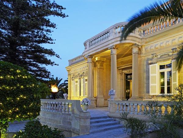 prachtige corinthia palace malta