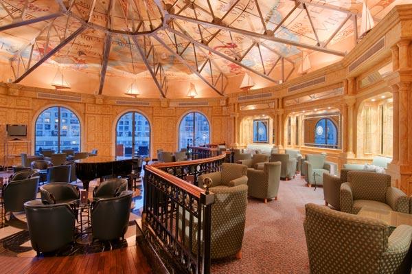 quarterdeck bar interieur en inrichting hilton malta hotel