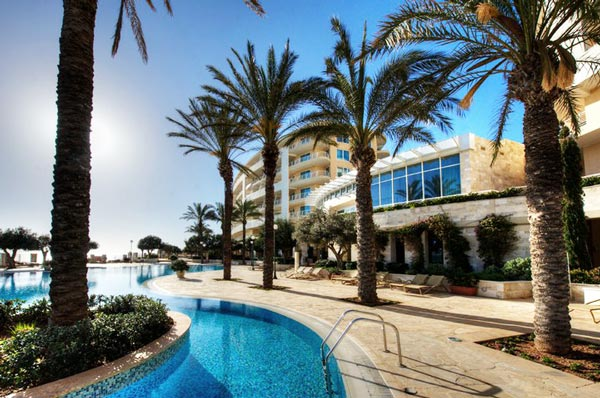 radisson blu resort and spa malta golden sands zwembad