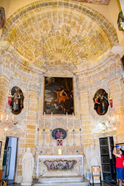 rotunda koepelkerk in xewkija oude kerk altaar gozo bezienswaardigheden