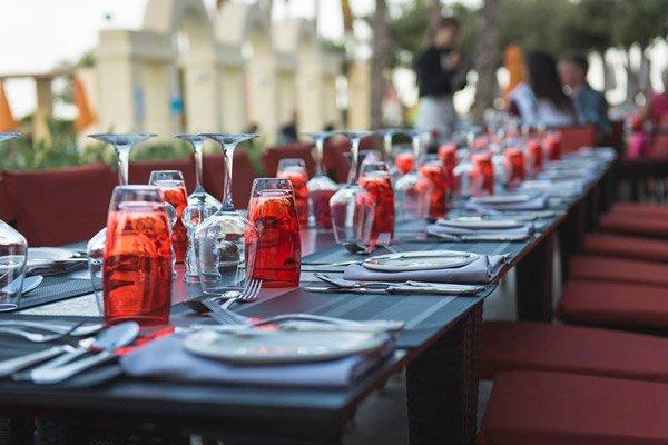 verse vis bij het oceana restaurant hilton malta hotel