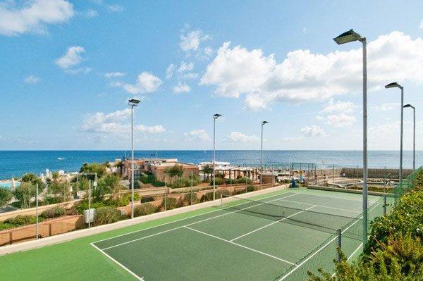 tennisplein hilton malta hotel
