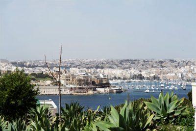 uitzicht tuin hotel phoenicia malta