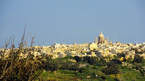 vakantiehuis malta stad of platteland
