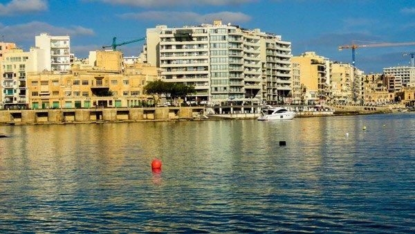 vakantiehuis malta zicht op spinola bay st julian's malta eiland