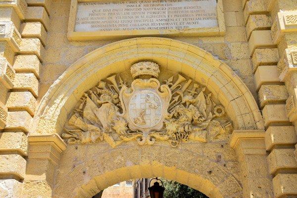 versieringen stadspoort mdina malta