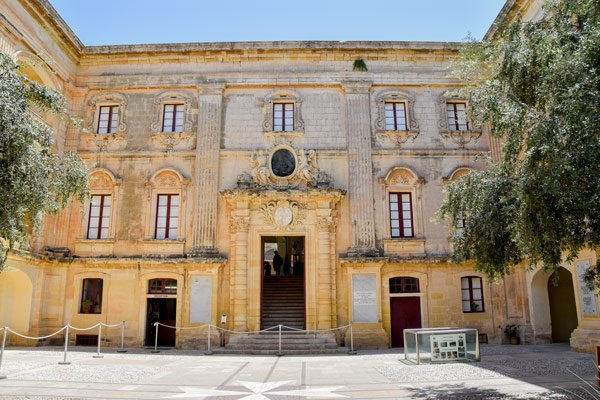 vilhena palace nabij stadspoort mdina malta