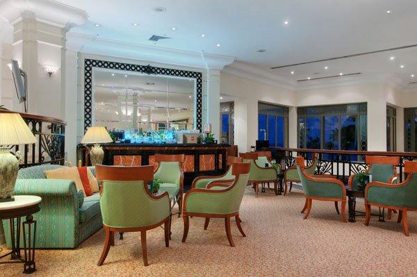 vista lobby bar hilton hotel malta