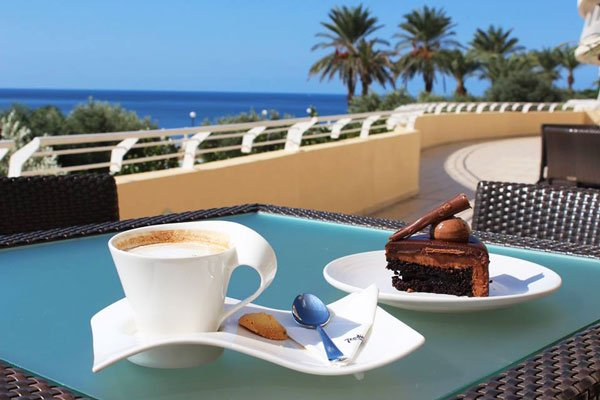 afternoon coffee and cake mokka lobby bar radisson blu malta golden sands