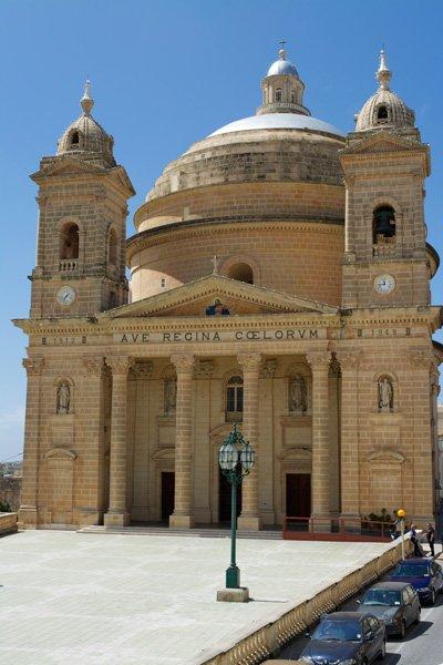 parochiekerk onze-lieve-vrouw hemelvaart mgarr noorden van malta