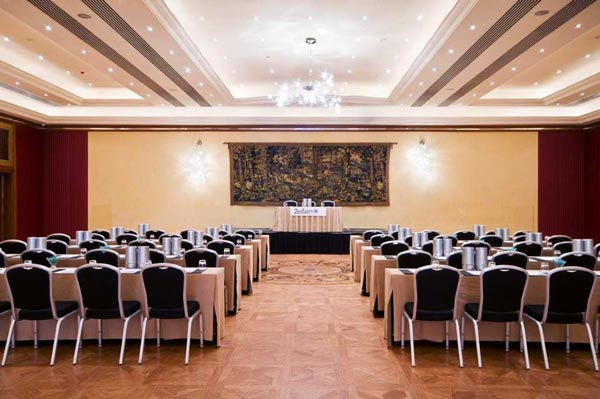 conference room radisson blu golden sands malta