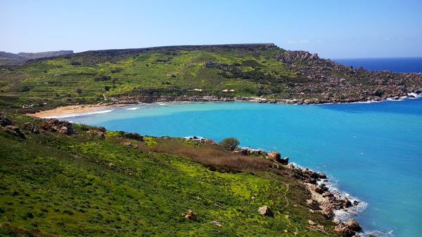 gnejna bay walking distance radisson blu malta golden sands