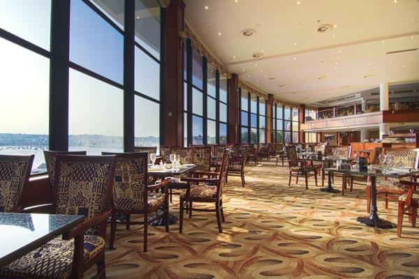Interior Admirals Landing Restaurant Grand Hotel Excelsior Malta