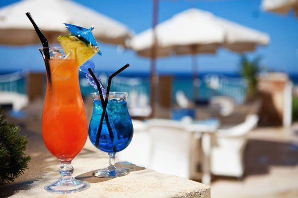 refreshing cocktails pebbles beach bar radisson blu malta golden sands