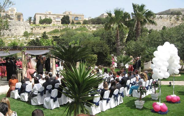 wedding ceremony gazebo phoenicia hotel malta