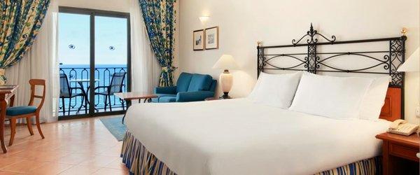 deluxe room hilton malta hotel