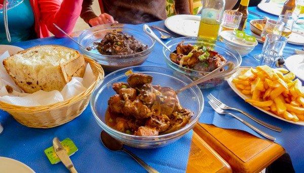 malta-eten-drinken-maltees-eten-maltese-gerechten-konijn-paard