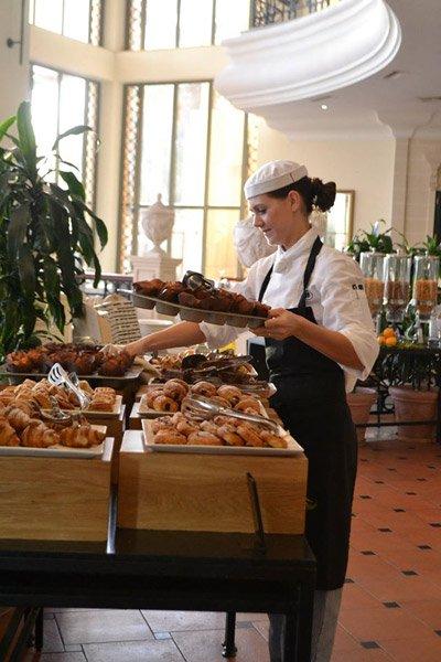 oceana restaurant breakfast hilton malta hotel