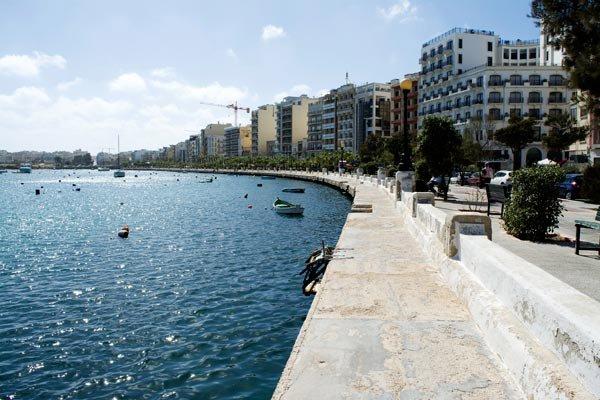 Waterfront Hotel Malta Reviews